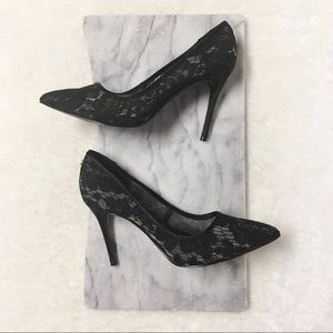 Guess Lace Pointy Toe Pumps Heels 6.5 Black